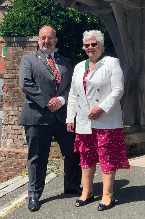 Photo of the Mayor and his Consort