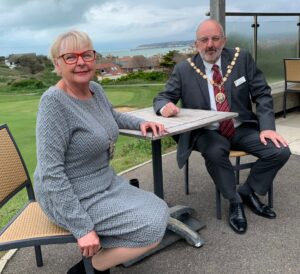 Councillor Jean Cash Deputy Mayor and Cllr Rodney Reed Mayor of Seaford 2021-2022